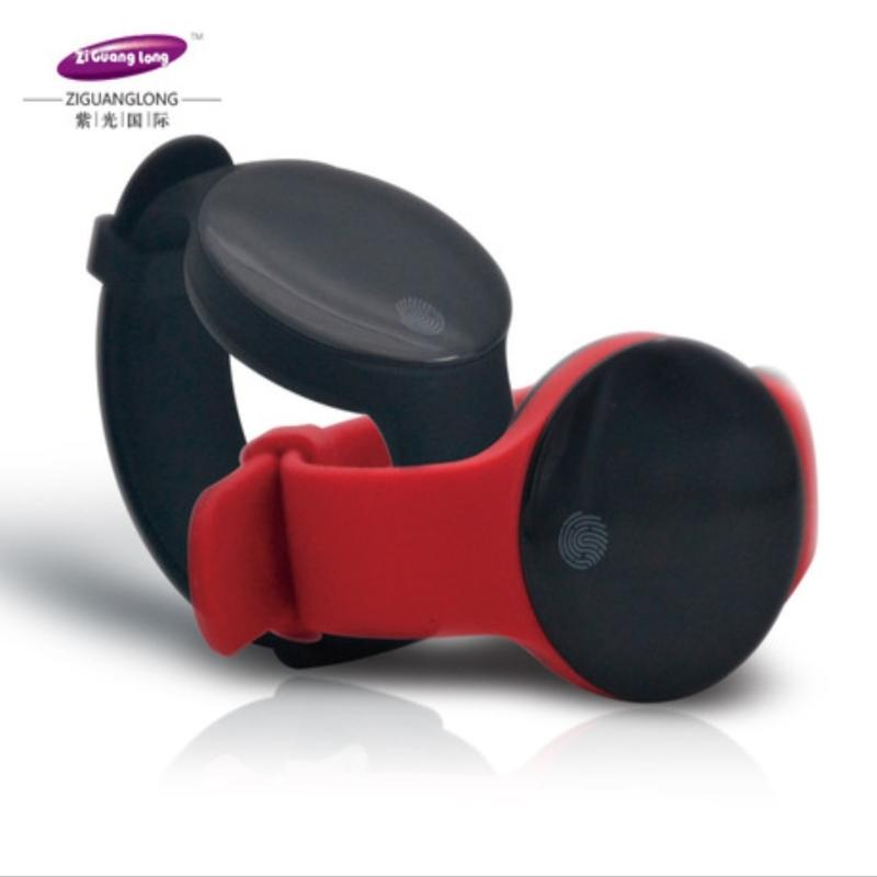 紫光隆NFC支付运动+手环