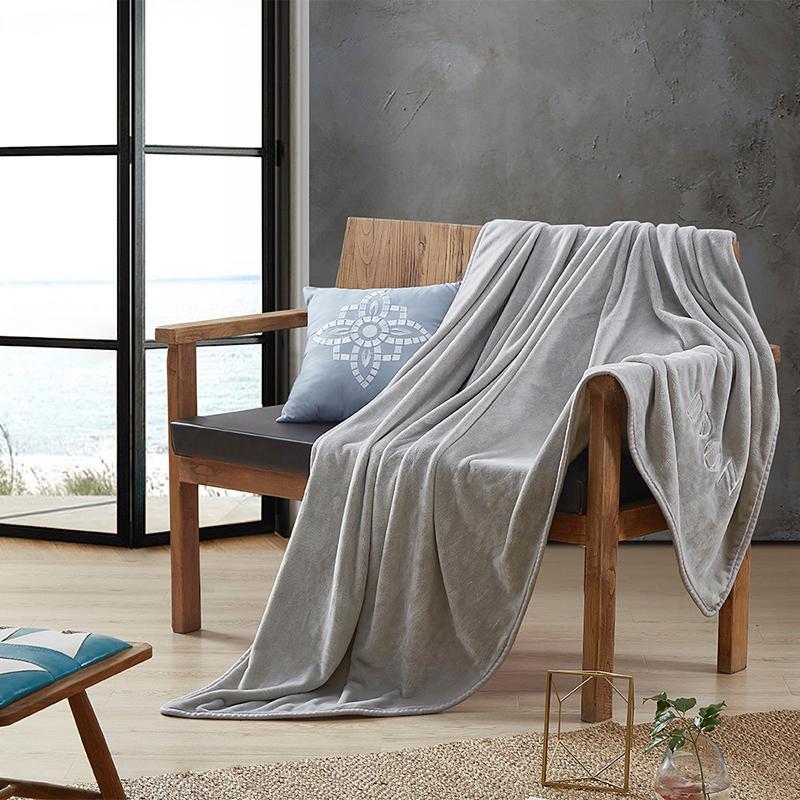戴洛伦品卓素色毛毯DRON-TZ3202