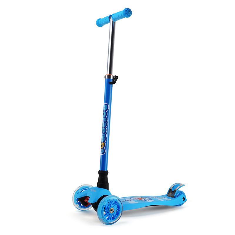 哆啦A梦 闪光三轮滑板车DM-8027